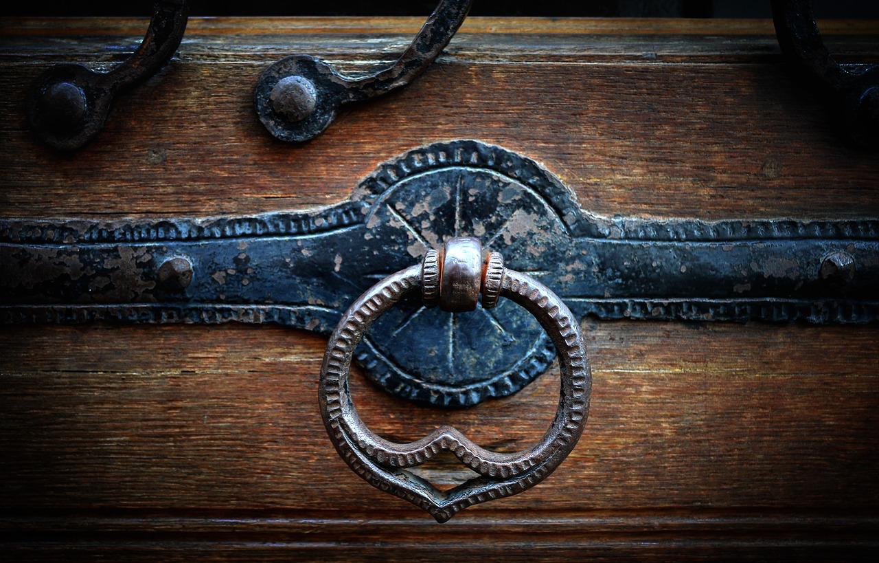 Réparer sa porte : quel budget ?