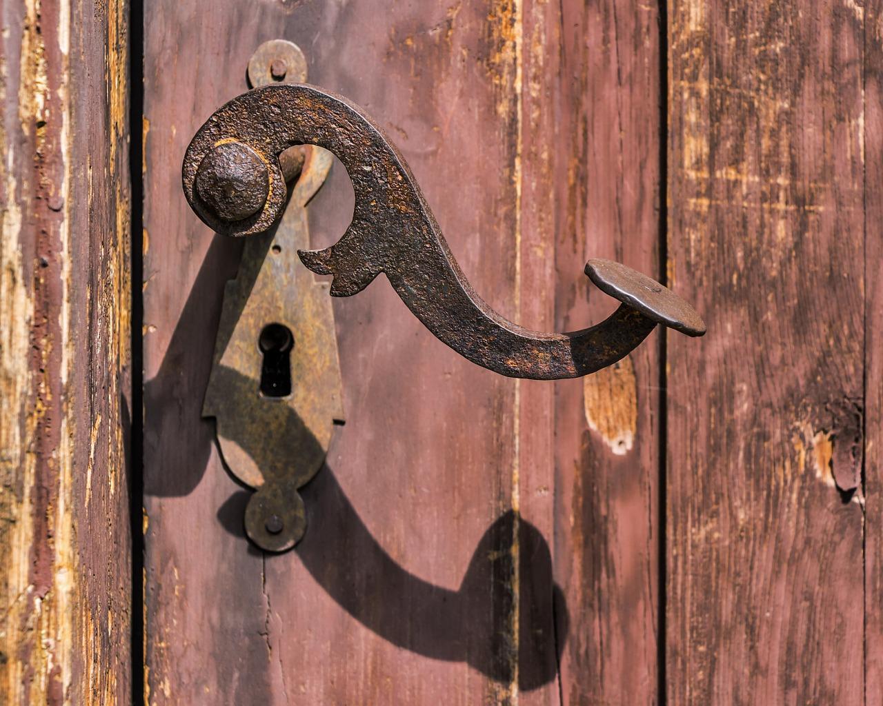 Contacter un professionnel pour la réparation de votre porte
